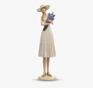 Статуэтка Девушка с лавандой