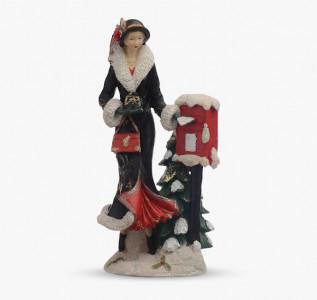 Статуэтка Девушка в преддверии Нового года
