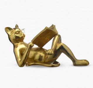 Статуэтка Читающий кот золотистый