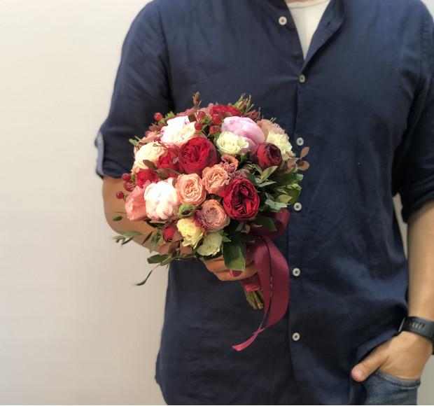 Свадебный букет цвета шампань