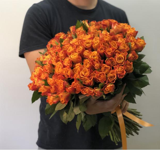 Букет 101 роза оранжевая