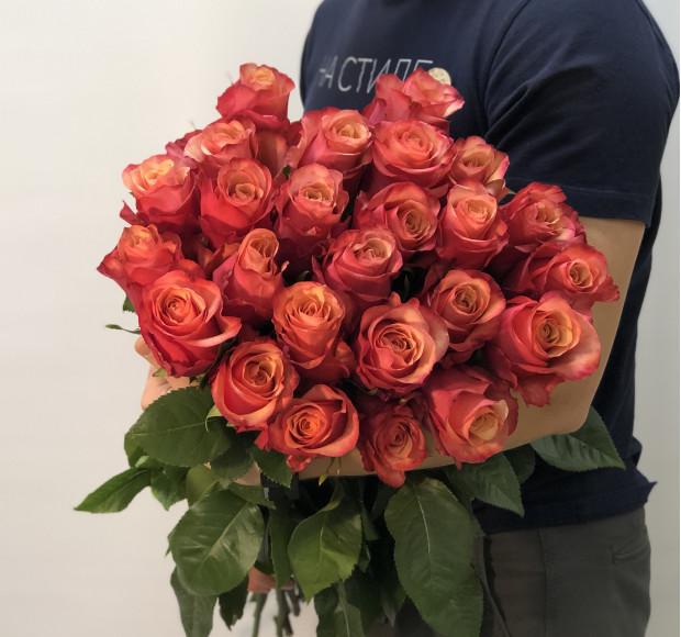 Букет Ее тайна 25 роз