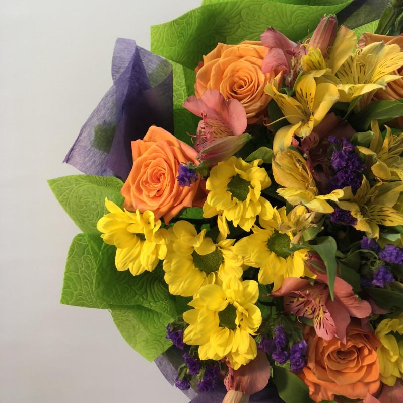 Цветы в подарок. Какие букеты дарят на свадьбу, на день рождения, на свидании