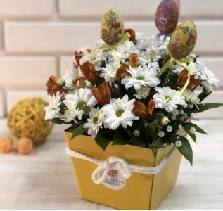 Композиция в коробке Пасхальная с яйцами