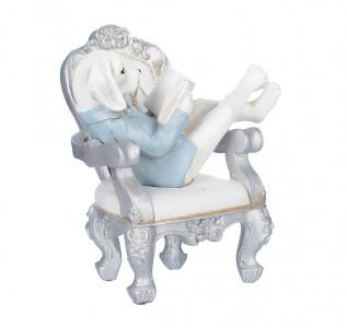 Статуэтка Читающий щенок в кресле